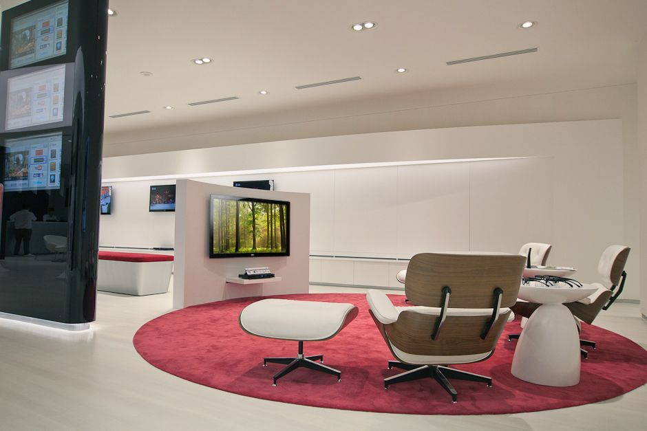 LG Best shop กับ Apple